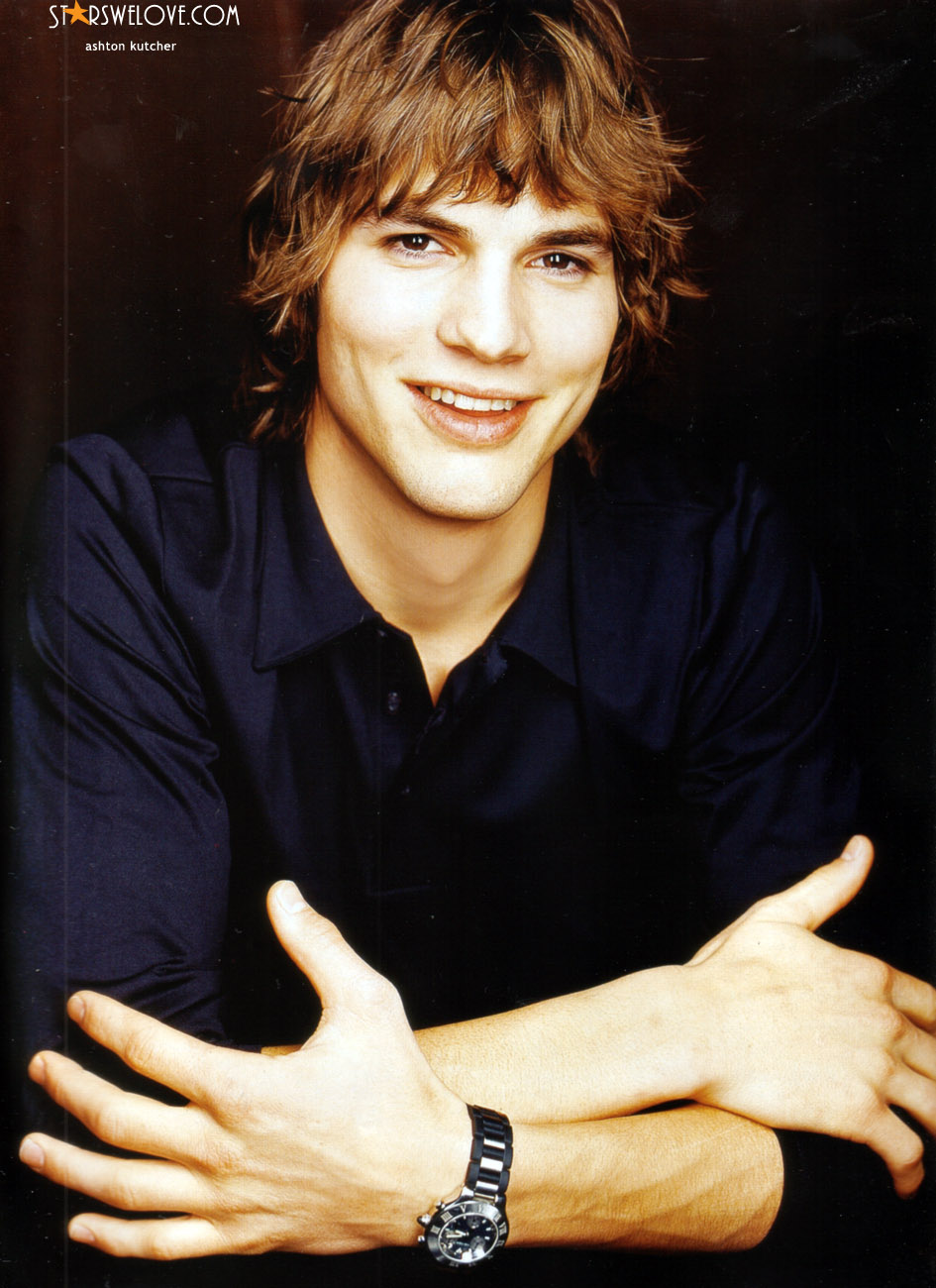Ashton Kutcher photo (ashton_kutcher033, 945 x 1300 pixels, 228 kB)
