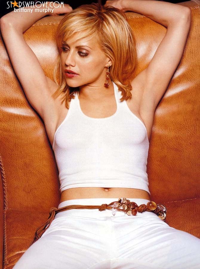 Brittany Murphy photo (brittany_murphy006, 670 x 900 pixels, 82 kB)