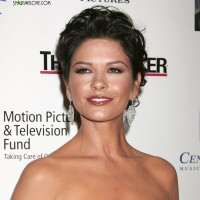 catherine_zeta_jones_douglas015