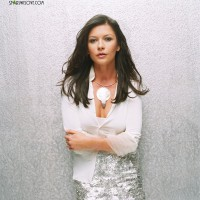 catherine_zeta_jones_douglas018