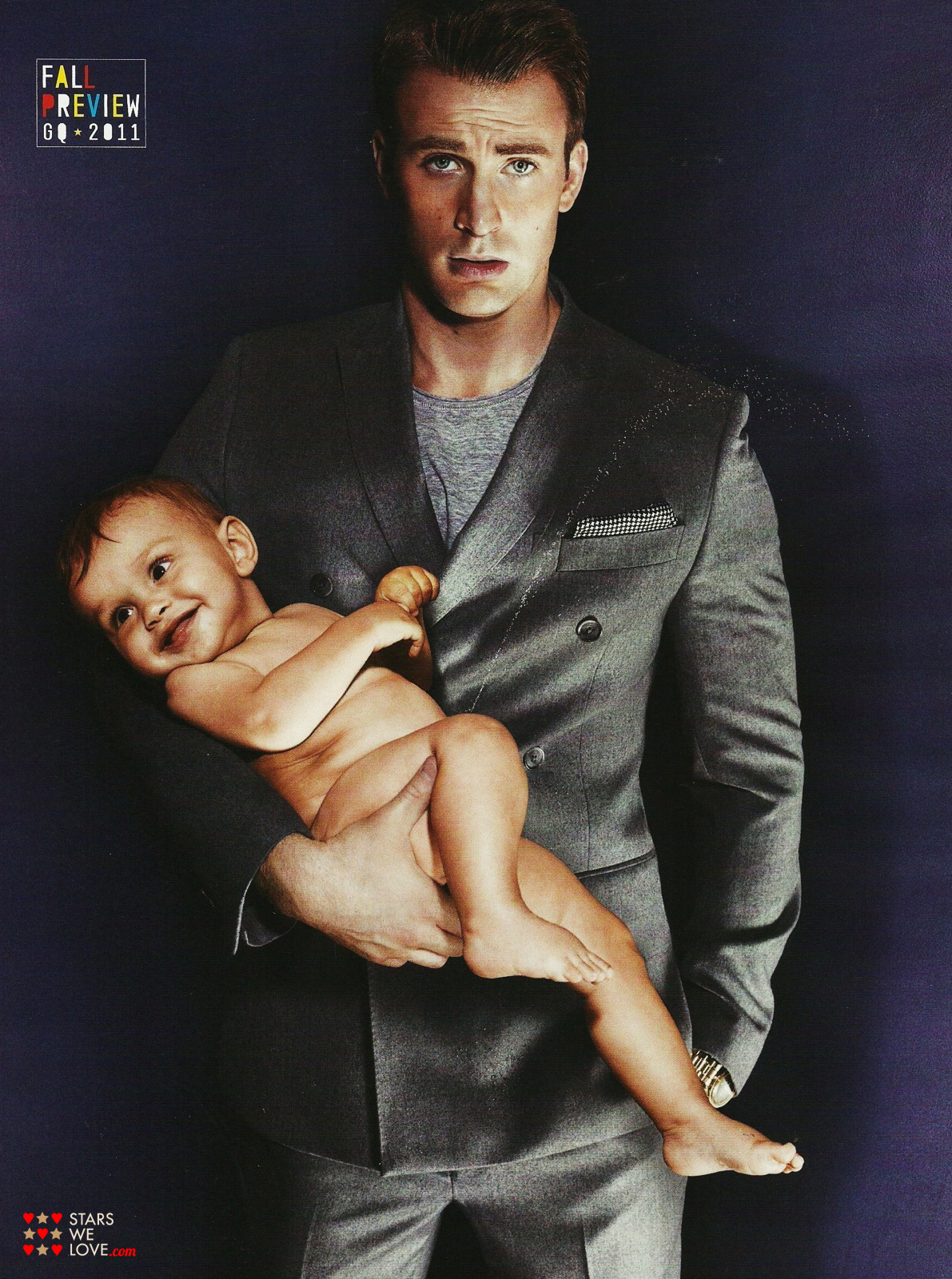 Chris Evans Chris Evans poses with a baby for the GQ magazine photoshoot. (chris_evans014, 1191 x 1600 pixels, 900 kB)