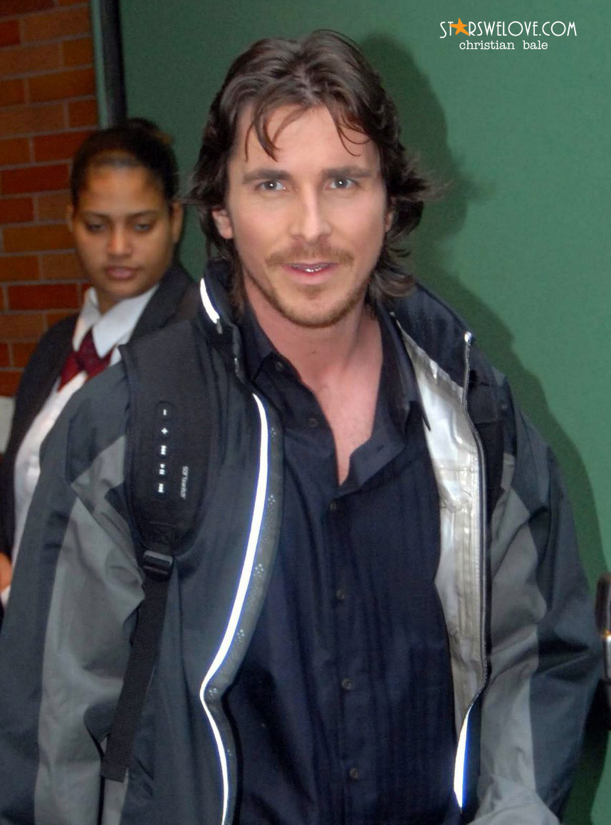 Christian Bale photo (christian_bale003, 858 x 1158 pixels, 274 kB)