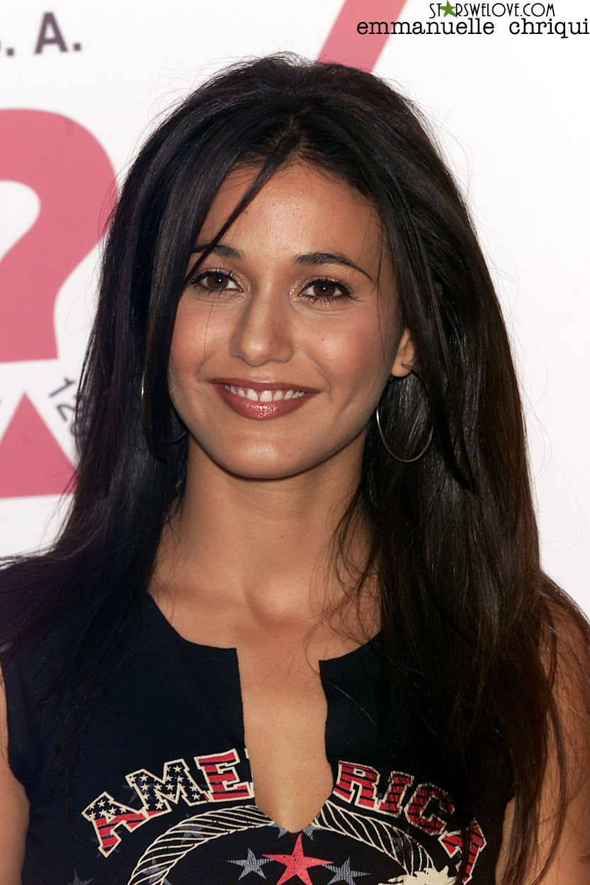 Emmanuelle Chriqui photo (emmanuelle_chriqui006, 833 x 1250 pixels, 281 kB)