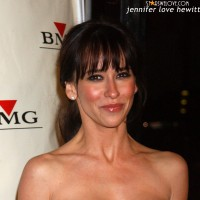 jennifer_love_hewitt022
