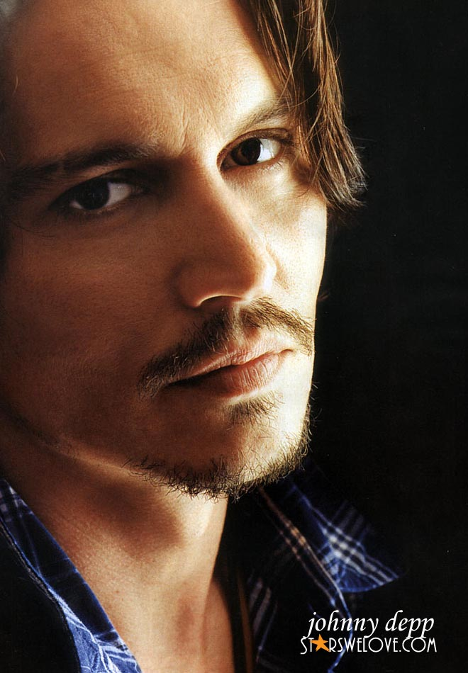Johnny Depp photo (johnny_depp012, 660 x 950 pixels, 107 kB)