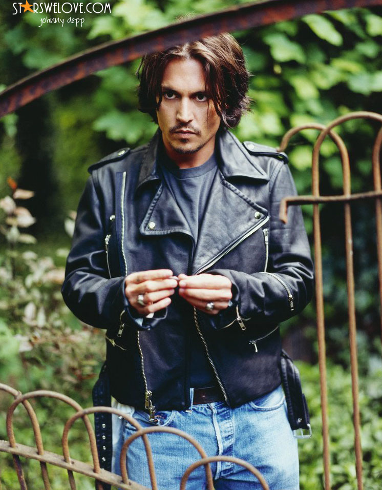 Johnny Depp photo (johnny_depp020, 746 x 956 pixels, 191 kB)