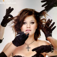 kelly_clarkson035