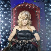 kelly_clarkson038