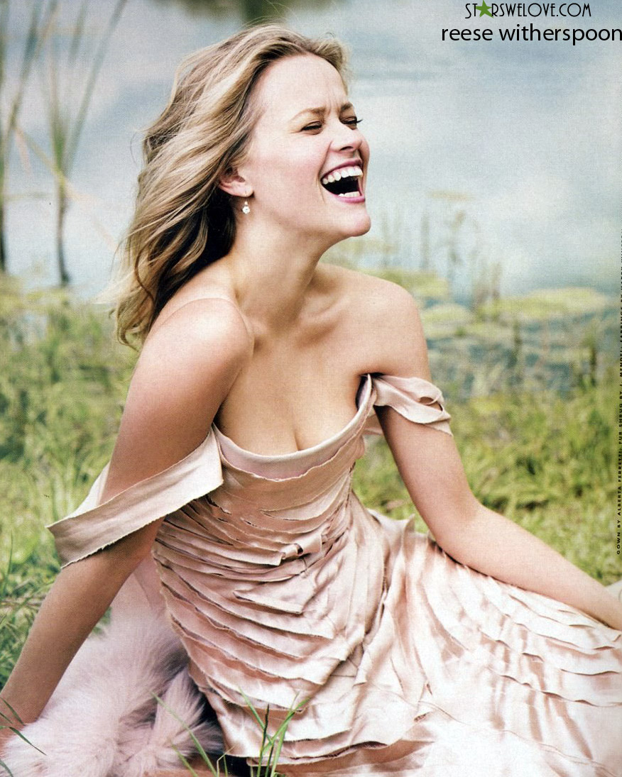 Reese Witherspoon photo (reese_witherspoon014, 876 x 1095 pixels, 300 kB)