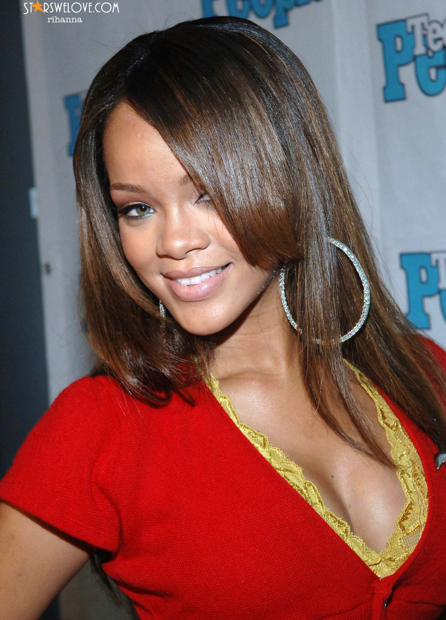 Rihanna photo (rihanna_002, 898 x 1250 pixels, 324 kB)