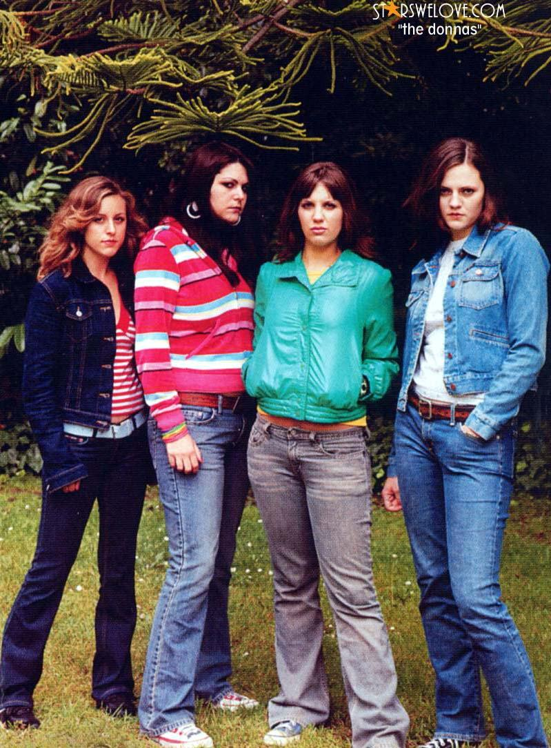 The Donnas photo (thedonnas001, 799 x 1084 pixels, 175 kB)